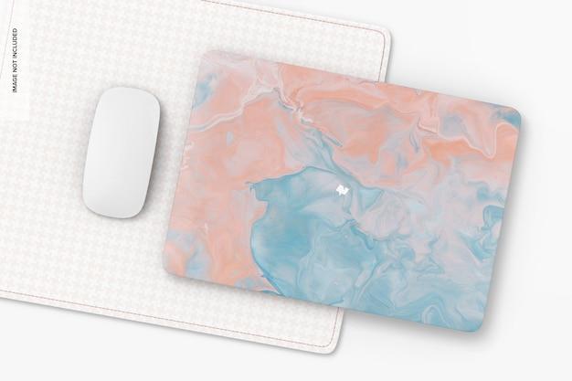 Étui rigide en plastique avec maquette de tapis de souris