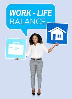Femme d'affaires à la recherche d'un équilibre travail-vie personnelle