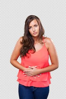 Femme ayant mal à l'estomac