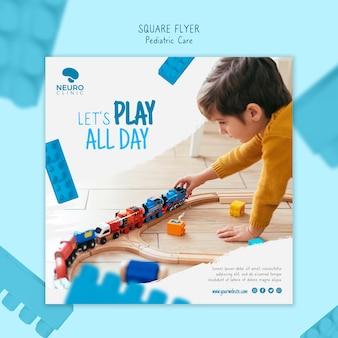 Flyer carré concept de soins pédiatriques