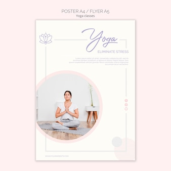 Flyer de yoga avec femme