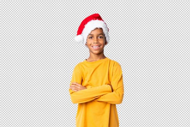 Garçon afro-américain avec chapeau de noël