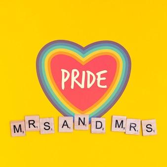 Gay pride fond avec un coeur
