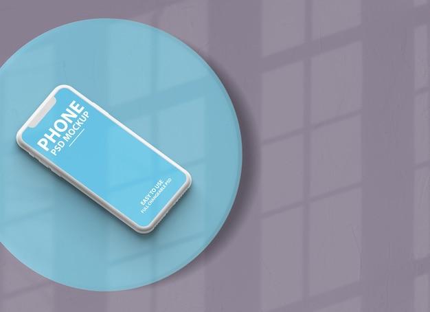 Gros plan sur la conception de la maquette de l'écran du smartphone