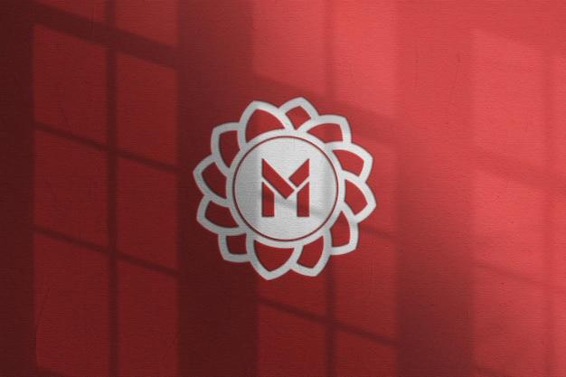 Gros plan sur la conception de maquette de logo typographique