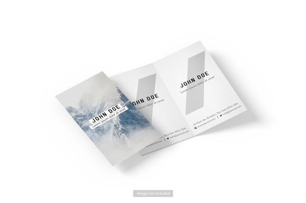 Gros plan sur la maquette de brochure entreprise pliante isolée