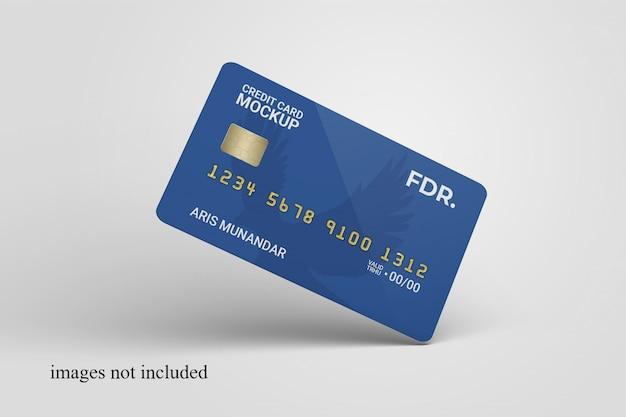 Gros plan sur la maquette de carte de crédit debout