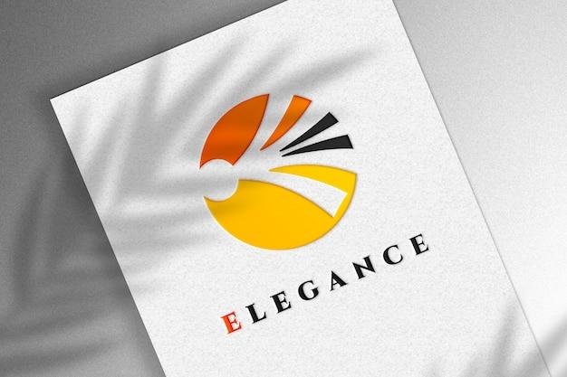 Gros plan sur la maquette de logo effet luxe
