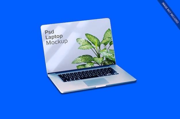 Gros plan sur une maquette d'ordinateur portable blanc