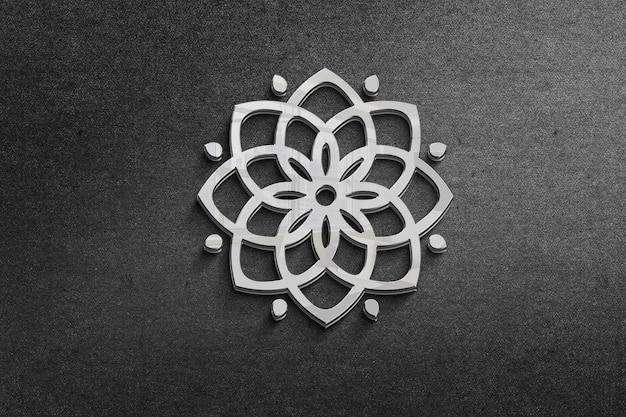 Gros plan sur le rendu de conception de logo en métal