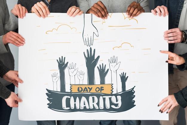 Groupe, personnes, tenue, pancarte, maquette, charité