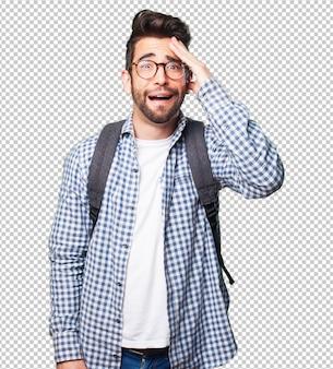 Homme étudiant surpris