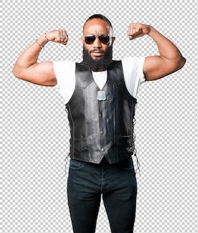 Homme noir fort