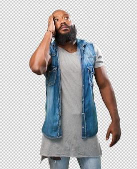 Homme noir réalisant sur fond blanc