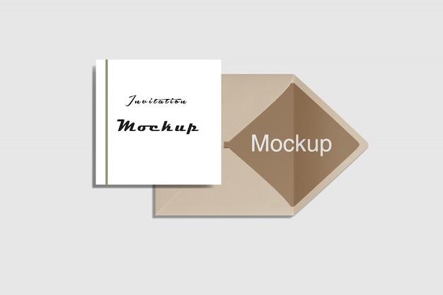 Invitation et enveloppe carrée maquette vue de dessus