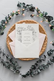 Invitation de mariage avec des brindilles
