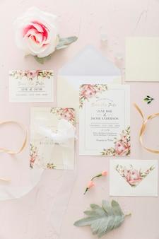Invitation de mariage avec rose
