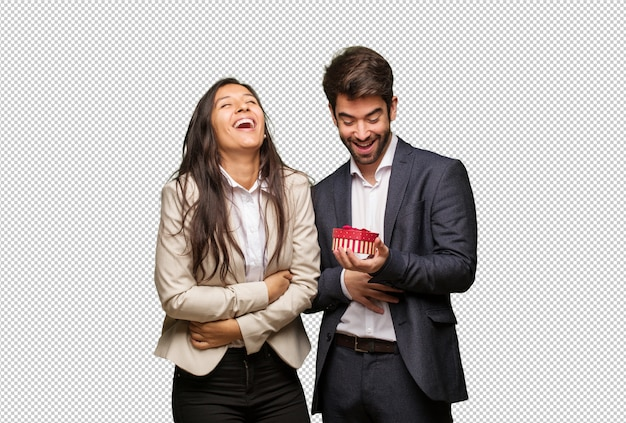 Jeune couple, saint valentin, rire, s'amuser