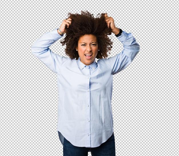 Jeune femme noire faisant un geste fou