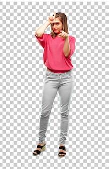 Jeune femme tout le corps. gesticulant signe plus lâche