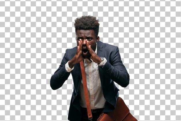 Jeune homme d'affaires noir criant fort comme un fou, appelant avec la main