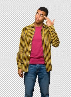 Jeune homme afro-américain ayant des problèmes de suicide