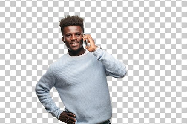 Jeune homme noir à l'aide d'un téléphone mobile intelligent
