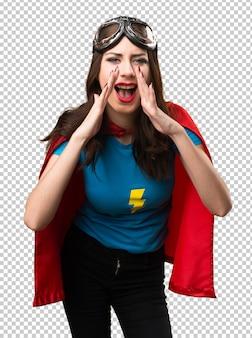 Jolie fille super-héros criant