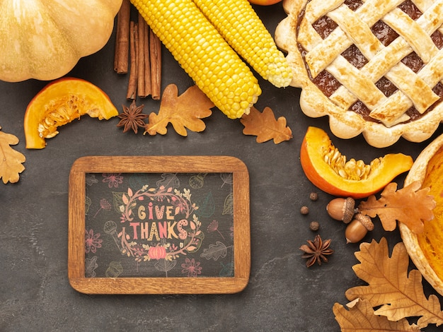 Jour de thanksgiving avec de la nourriture délicieuse