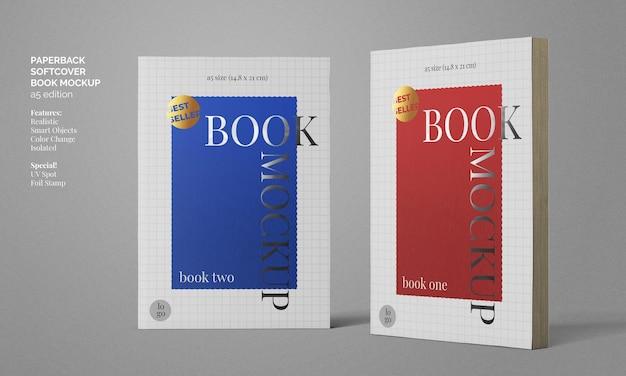 Livre a5 broché à couverture souple avec tampon en aluminium et maquette d'impression spot uv