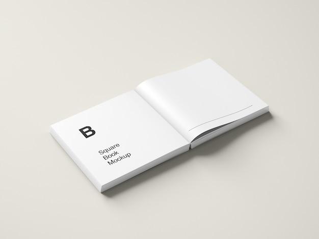 Livre carré ouvert ou maquette de magazine vue grand angle