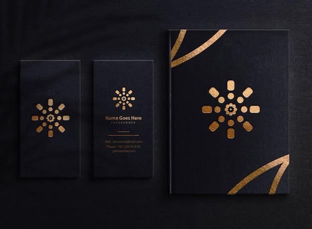 Livre et carte de visite de luxe logo mockup