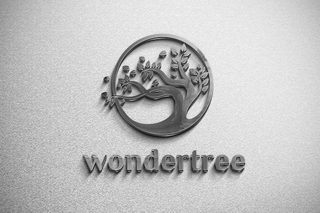 Logo de maquette de fer sur un mur blanc