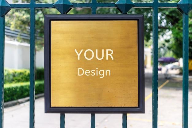 Ma maquette de votre signe de conception dans un magasin, restaurant, magasin, bureau ou autre