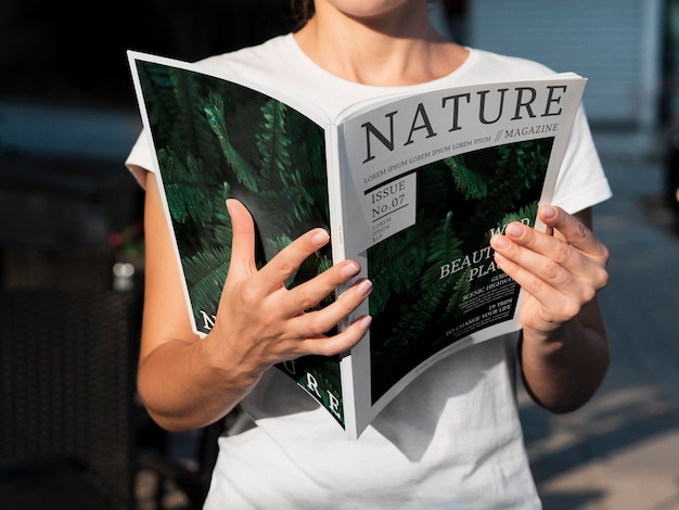 Magazine de la nature intéressant avec des sujets d'information