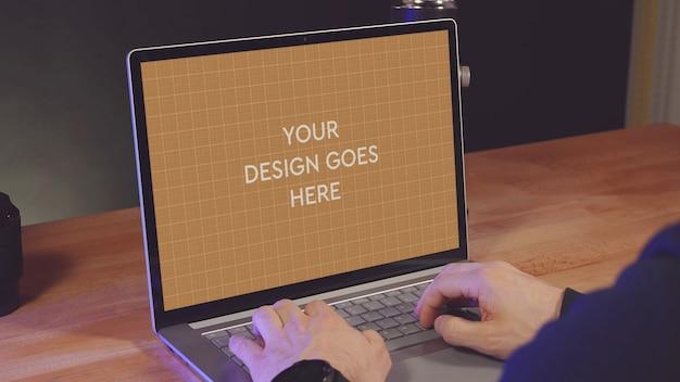 Maquette d'affichage pour ordinateur portable