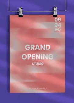 Maquette d'affiche coupée modifiable pour l'annonce d'inauguration