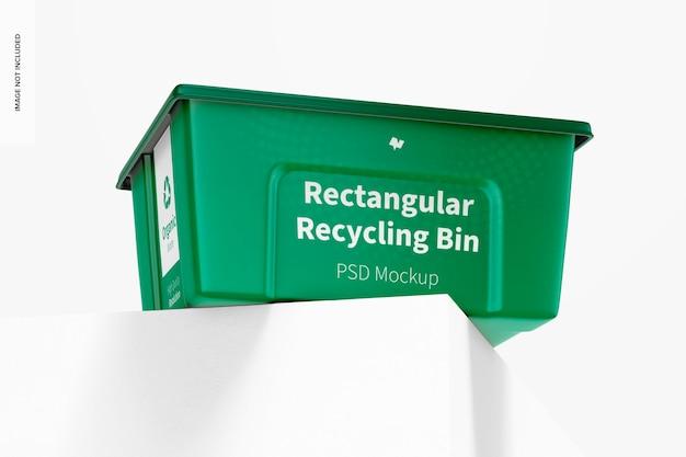 Maquette de bac de recyclage rectangulaire, low angle view
