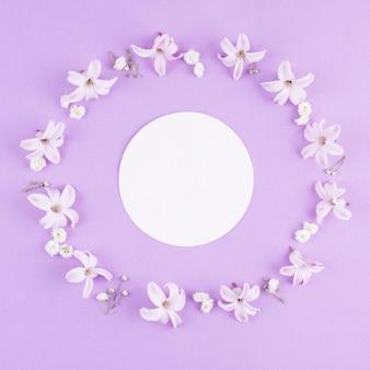 Maquette de beau concept de fleur