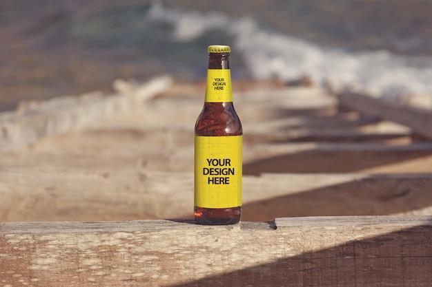 Maquette de bière à la plage de formentera