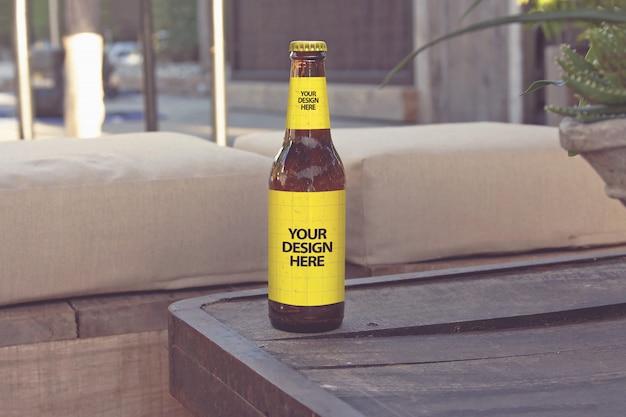 Maquette de bière de style lounge club