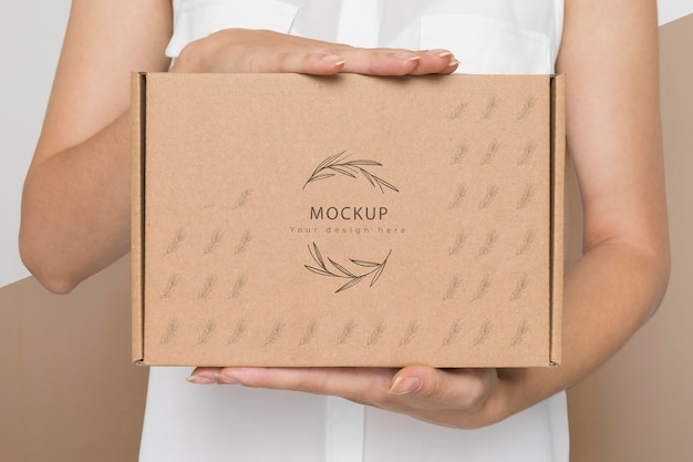 Maquette de boîte en carton de conteneur écologique