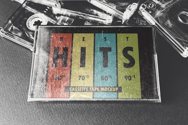 Maquette de boîte de cassette vintage rayée
