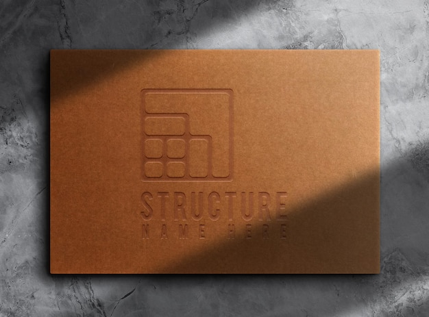 Maquette de boîte en papier brun de luxe en relief