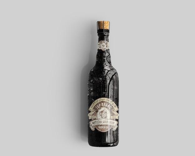 Maquette de bouteille de bière en verre ambré avec gouttes d'eau - vue de dessus