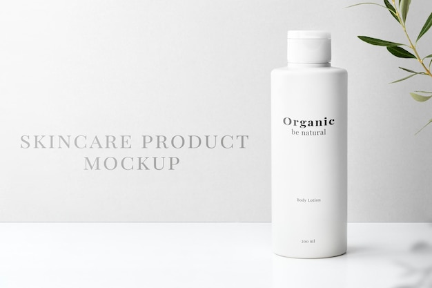 Maquette de bouteille de soins de la peau psd pour produits de beauté au design minimaliste
