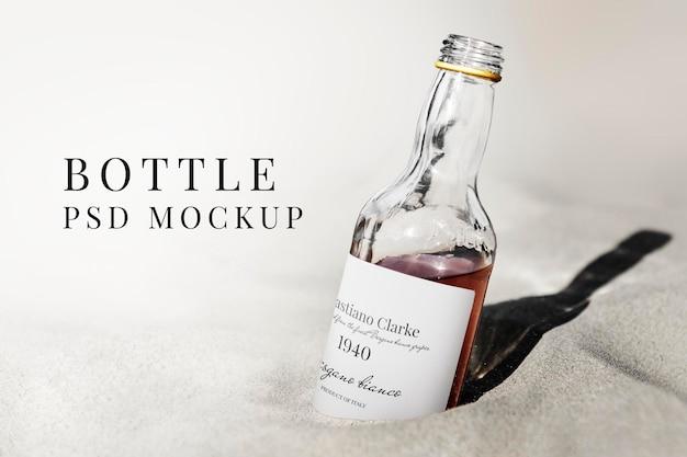 Maquette de bouteille en verre de vin emballage de boissons alcoolisées psd
