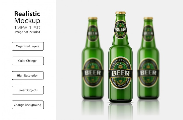 Maquette de bouteilles de bière vue de face réaliste
