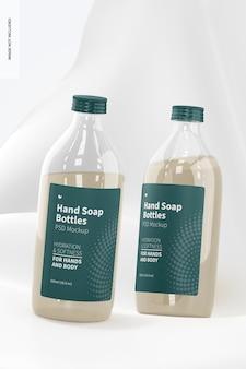 Maquette de bouteilles transparentes de savon pour les mains