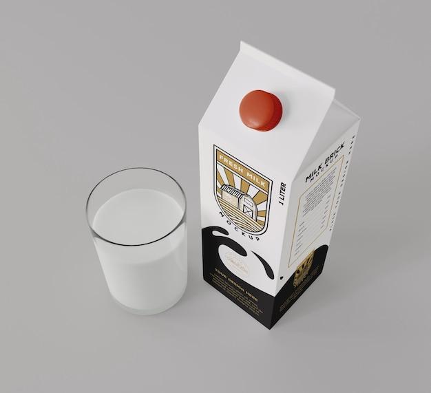 Maquette de brique de lait